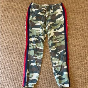 Mother camp jeans